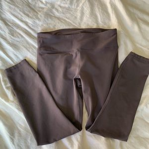 Fabletics solid high waisted leggings